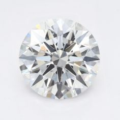 I've selcted this diamond as my diamond of the week. 1.61ct Round Brilliant cut with a Color:E and a Clarity: Vs2. IGI Certified with Hearts and Arrows. I compare this diamond with one from James Allen.com @buyingdiamonds.online James Allen, Arrows, Colored Diamonds, Clarity, Hearts, Arrow