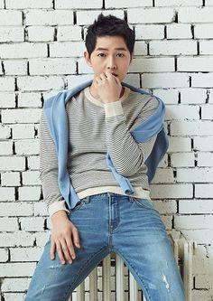 New post on k-worlddd Hot Korean Guys, Korean Men, Asian Men, Asian Actors, Korean Actors, Korean Celebrities, Korean Dramas, Descendants, Song Joong Ki Cute