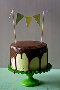 Dark Chocolate Stout Cake with Minty Swiss Buttercream & Ganache @food + words