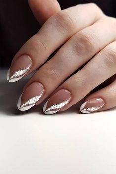 Nail Art Designs and Ideas 2019 - NailGet - Get The Best Nail Designs nageldesign 2019 Nail Art Designs and Ideas 2020 Frensh Nails, French Manicure Nails, French Tip Nails, Pink Nails, Silver Tip Nails, Bridal Nails French, Silver Nail Art, Silver Glitter, French Nail Art