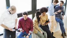 Una ricerca statunitense affronta la questione alla base del successo del social, che ha appenavarcato i due miliardi di utenti attivi mensili:
