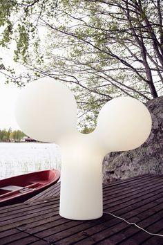 Tupla kupla -ulkovalaisin. Eero Aarnion suunnittelema klassikko valaisin. Finland, Cottage, Cabin, Lighting, Outdoor, Inspiration, Design, Home Decor, Art