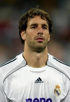 Ruud van Nistelrooy - supremely impressive striker who was and still is easy on the eyes.
