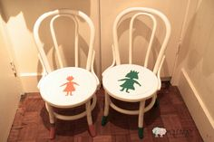 DIY: Paint kid's chair with Chalk Paint