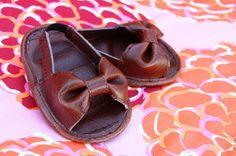 bow strap baby sandal