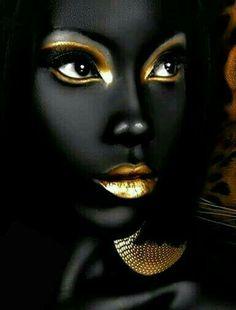 Lady in Black & Gold. Black Love Art, Black Girl Art, Black Is Beautiful, Art Girl, African American Art, African Art, Black Art Pictures, Black Artwork, Foto Art