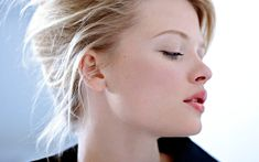 Risultati immagini per Melanie Thierry Marie Claire, Angelina Jolie Photos, Thierry, Natural Glow, Natural Beauty, French Actress, Camille, Celebs, Celebrities