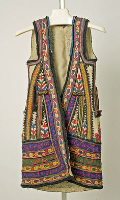 Ensemble       19th century–early 20th century      Greek (Corinthian)      wool