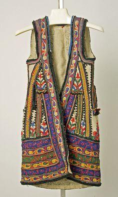 Ensemble       19th century–early 20th century      Greek (Corinthian)      wool