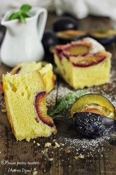 Prajitura cu smantana si foi de miere Mousse, Romanian Desserts, Easy Apple Cake, Plum Cake, Sweet Life, Coffee Shop, Sweet Treats, Cheesecake, Dessert Recipes