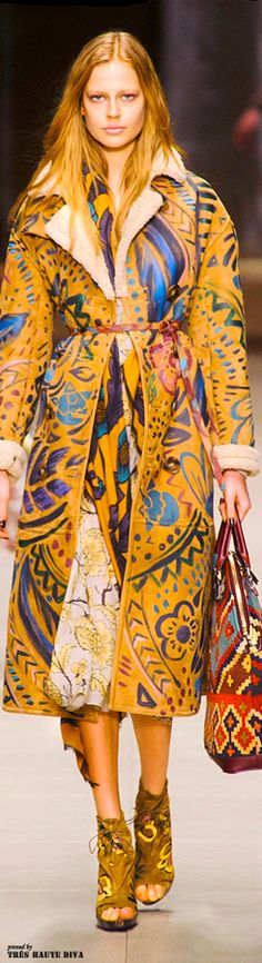 #London FW Burberry Prorsum Fall 2014. | | ♫ ♥ X ღɱɧღ ❤ ~ ♫ ♥ X ღɱɧღ ❤ ♫ ♥ X ღɱɧღ ❤ ~ Sun 21st Dec 2014