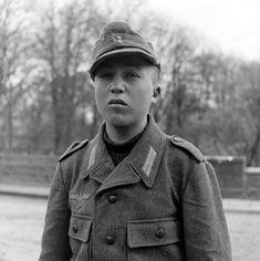 WW2 Photo WWII Young German Prisoner POW Germany 1945 World War Two / 1433   eBay