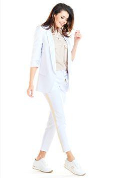 Pantaloni dama sport elegant Sport Casual, Work Attire, Sports Women, White Jeans, Blazers, Jackets For Women, Costumes, Coat, Outfits