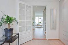 Fire ferdigstilte eneboliger ved Holmendammen. ALLE SOLGT. - Real Estate, Fire, Room, Furniture, Home Decor, Bedroom, Decoration Home, Room Decor, Real Estates