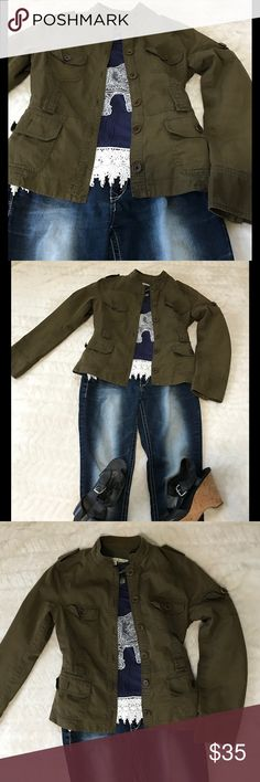 Army Green Jacket Size Medium Cute Army Green Jacket is so stylish and goes with everything. Size Medium. Jackets & Coats Utility Jackets