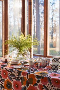 Marimekko fabrics - Buy online from Finnish Design Shop. Discover Unikko and other Marimekko fabrics for a modern home! Nordic Design, Scandinavian Design, Living Room Interior, Home Living Room, Marimekko Fabric, Nordic Home, Art Of Living, Surface Pattern Design, Bohemian Decor