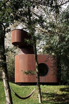 Architecture studio Atelier Vens Vanbelle has built a Corten steel guesthouse with a watchtower in Uitbergen, Belgium, for a client in the film business. Architecture Design, Contemporary Architecture, Innovative Architecture, Architecture Collage, Petits Bars, White Brick Houses, Laminated Veneer Lumber, Style Français, Room Screen