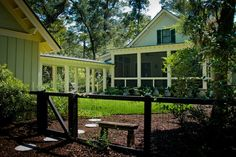 Doors: Farmhouse Exterior That Building Wood Fence Gate At The Elegant Backyard, Building Wooden Fence Gate for Your Exterior, Wooden Gate ~ JSDPN Front Yard Fence, Dog Fence, Fence Gate, Fenced In Yard, Wire Fence, Brick Fence, Fence Stain, Concrete Fence, Pallet Fence