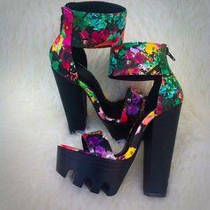 Floral Lug Sole Platform Sandal