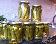 Recept Tradiční nakládané okurky Home Canning, Tzatziki, Pickles, Cucumber, Cooking, Food, Weddings, Kitchens, Kitchen