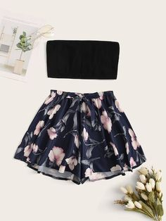 Bandeau Top With Floral Shorts PJ SetYou can find Floral shorts and more on our website.Bandeau Top With Floral Shorts PJ Set Teenage Outfits, Cute Teen Outfits, Cute Comfy Outfits, Cute Summer Outfits, Outfits For Teens, Pretty Outfits, Stylish Outfits, Cool Outfits, Girls Fashion Clothes