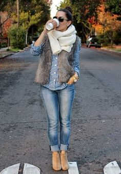 I loveeee the jeans and the boots!!!!
