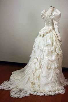 TOP 10 New post vintage wedding dresses visit wedbridal.site TOP 10 New post vintage wedding dresses visit wedbridal. Antique Wedding Dresses, Vintage Gowns, Vintage Outfits, Dress Wedding, Steampunk Wedding Dress, Victorian Wedding Dresses, Vintage Lace, Vintage Clothing, Lace Wedding