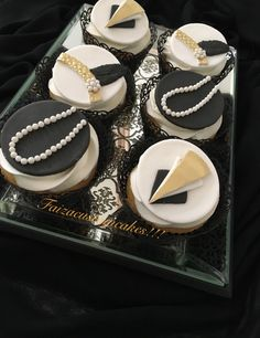 Great gatsby cupcakes!