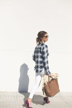"Del blog ""Seams for a desire"" con unos stilettos de Más34 www.mas34shop.com #seamsforadesire #cdg_comunicacion #moda #modamujer #outfit #tendencias #fashion #modajoven #barcelona #shoponline #shoes #mas34"