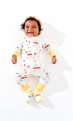 Organic cotton easy zip sleepers in bright colors and prints for a happy baby and happy momma. @hanna