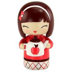 Momiji Poupée Sister. Les Momiji sont des poupées porteuses de messages. A l'intérieur vous pouvez glisser, sur un petit bout de papier, un voeu, un souhait, un mot, une phrase... Les Momiji sont dessinées par des designers et des créatifs du monde entier. Chaque poupée est peinte à la main.   Créatrice : Luli Bunny. www.laboutiquedubientre.fr