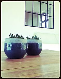 Spring Pottery on Square Coffee Table, Collection Steel N Wood