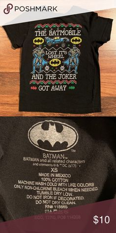 4//5 Batman Christmas /'Batmobile Lost It/'s Wheel/' Black T Shirt Size XS