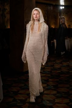 The Row Spring 2018 Ready-to-Wear Undefined Photos - Vogue