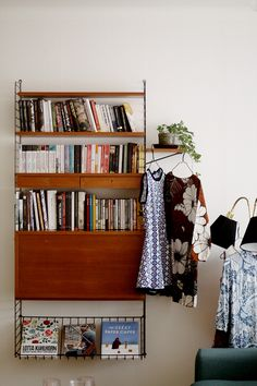 I love this hanging shelf!