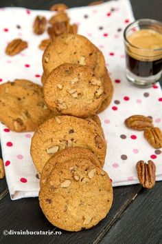 School Lunch, Biscuit, Deserts, Cookies, Cake, Diet, Sweets, School Lunch Food, Crack Crackers