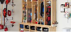 Organize Your Garage! With these garage storage tips, it becoems a mich easier job. So let's give these DIY garage storage ideas a try! Diy Garage Storage, Basement Storage, Laundry Room Storage, Garage Organization, Organization Ideas, Organized Garage, Garage Shelving, Organizing Toys, Sports Organization
