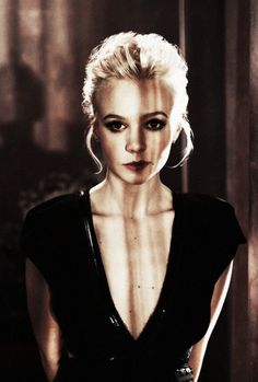 Carey Mulligan..there's something about her that I find insanely attractive.