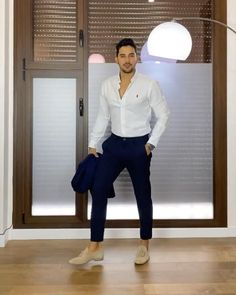 Summer Outfits Men, Stylish Mens Outfits, Casual Outfits, Formal Men Outfit, Casual Wear For Men, Terno Slim, Polo Shirt Outfits, Dress Suits For Men, Estilo Cool
