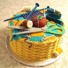 Sewing Basket Cake Basketweave is done in buttercream and the sewing accessories are fondant. I made this cake for a anniversary. Sewing Machine Cake, Sewing Cake, Pretty Cakes, Cute Cakes, Beautiful Cakes, Amazing Cakes, Fondant Cakes, Cupcake Cakes, Basket Weave Cake