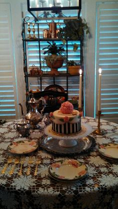 Downton Abbey inspired cake | All Things Downton Abbey | Pinterest ...