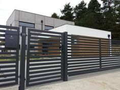 Horizontal Metal Fence Design Idea 34 - home decor - Outdoor Furniture Ideas,