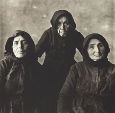 Irving PENN, Three Cretan Women, Crete, 1964