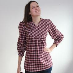 Have you seen Fröbelina's gorgeous Zsálya blouse?