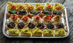 Platou Very Veggie Catering, Sushi, Ethnic Recipes, Food, Catering Business, Gastronomia, Essen, Meals, Yemek