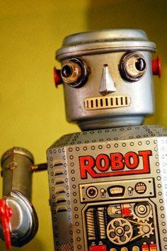robot by Maiden11976
