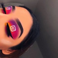Exceptional Cute makeup detail are offered on our internet site. Take a look and you wont be sorry you did. Creative Makeup Looks, Unique Makeup, Colorful Eye Makeup, Cute Makeup, Pretty Makeup, Gorgeous Makeup, Natural Makeup, Maquillage On Fleek, Instagram Makeup Looks