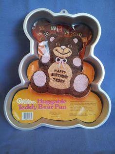 collectible Wilton pan kitchenware 1982 Vintage Huggable Teddy Bear Pan Vintage Wilton Baking Pan vintage bakeware WILTON BEAR CAKE Pan