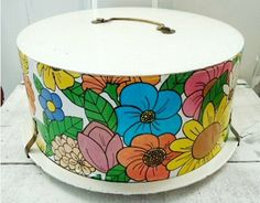 Oh So Lovely Vintage: Vintage cake carriers.