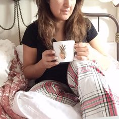 Tea in bed with favo